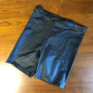 ✨NWT✨ Forever 21 Faux Leather Shorts